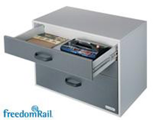 FreedomRail GO-Box 3 Drawer Unit